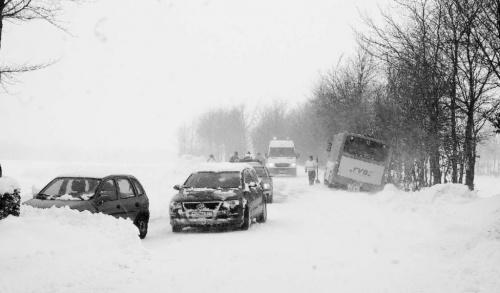 Schulen schließen, Busse meiden die Eifel