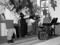 Angeregter Gesang in der Kapelle
