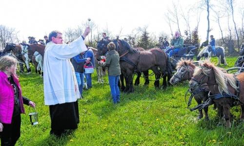Huppenbroich lädt zur Pferdesegnung
