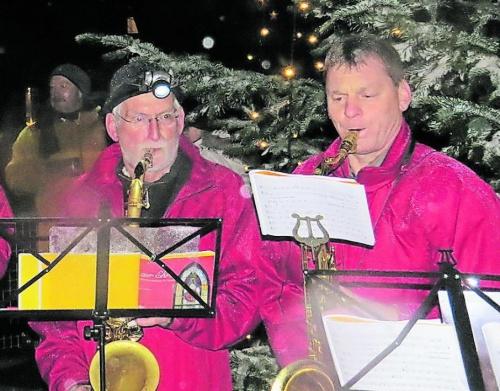 Weihnachtsmarkt mit Feuerwerk zum Jubiläum