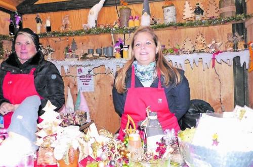 Weihnachtsmarkt am Weiher
